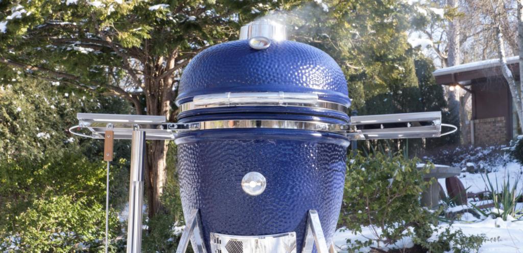 """Saffire 19"""" Platinum Blue Grill - Outside, Snow"""